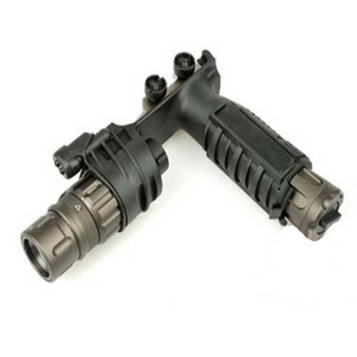 Night Evolution M900V Vertical Foregrip WeaponLight (Black)